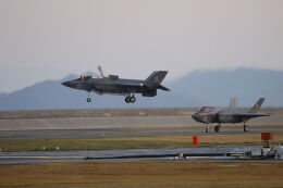 mocohide☆さんが、岩国空港で撮影したアメリカ海兵隊 F-35B Lightning IIの航空フォト(飛行機 写真・画像)