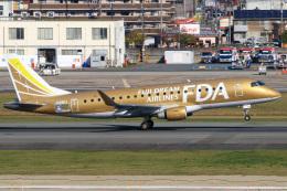 三軒 那乃さんが、福岡空港で撮影したフジドリームエアラインズ ERJ-170-200 (ERJ-175STD)の航空フォト(飛行機 写真・画像)