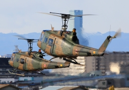 LOTUSさんが、八尾空港で撮影した陸上自衛隊 UH-1Jの航空フォト(飛行機 写真・画像)