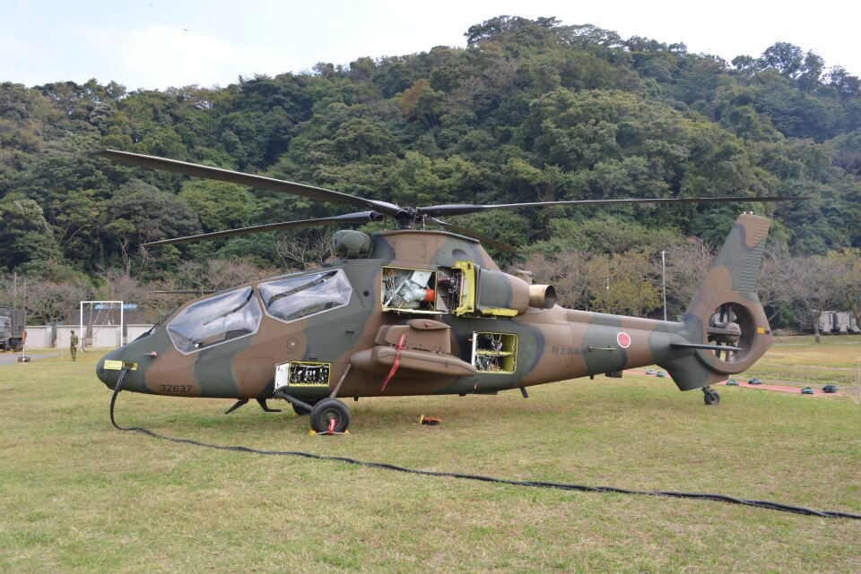 kotaちゃんさんの陸上自衛隊 Kawasaki OH-1 (32637) 航空フォト