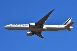 sonnyさんが、成田国際空港で撮影したエールフランス航空 777-328/ERの航空フォト(飛行機 写真・画像)