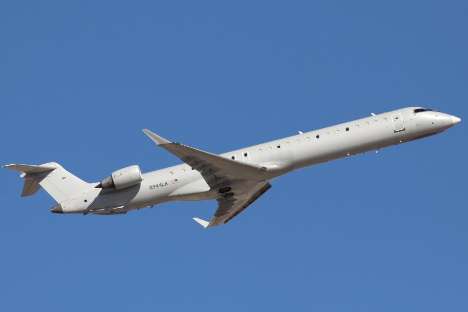 キャスバルさんのメサ・エアラインズ Bombardier CRJ-900 (N944LR) 航空フォト