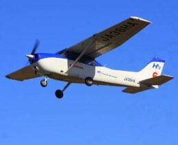 VICTER8929さんが、ホンダエアポートで撮影した本田航空 172S Skyhawk SPの航空フォト(飛行機 写真・画像)