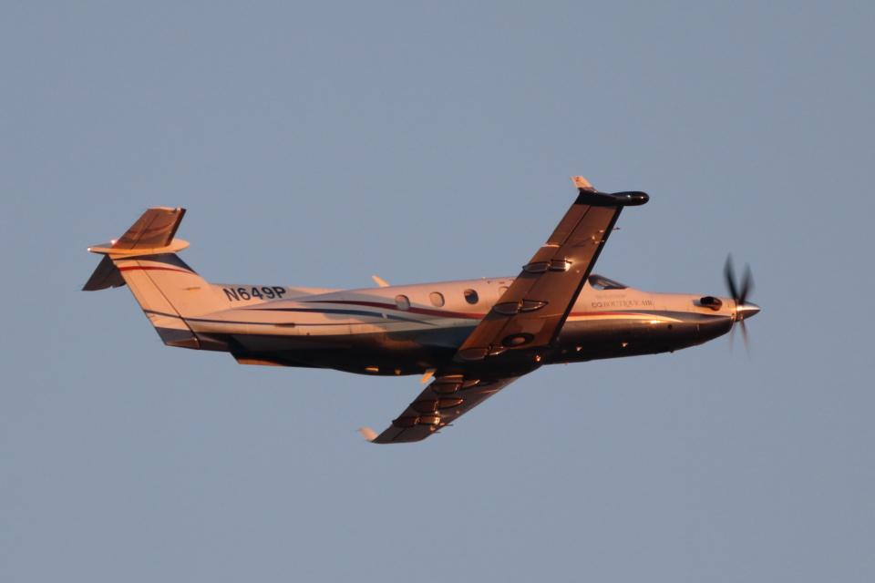 キャスバルさんのブティックエア Pilatus PC-12 (N649P) 航空フォト