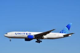 チョロ太さんが、成田国際空港で撮影したユナイテッド航空 777-222の航空フォト(飛行機 写真・画像)