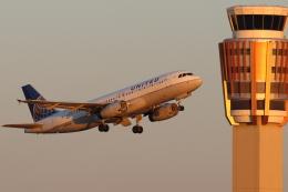 キャスバルさんが、フェニックス・スカイハーバー国際空港で撮影したユナイテッド航空 A320-232の航空フォト(飛行機 写真・画像)