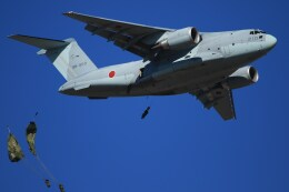jackassさんが、習志野演習場で撮影した航空自衛隊 C-2の航空フォト(飛行機 写真・画像)