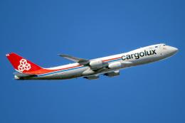 Cozy Gotoさんが、成田国際空港で撮影したカーゴルクス 747-8R7F/SCDの航空フォト(飛行機 写真・画像)