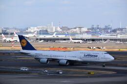 hachiさんが、羽田空港で撮影したルフトハンザドイツ航空 747-830の航空フォト(飛行機 写真・画像)
