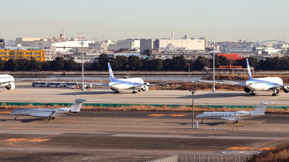 誘喜さんのウィルミントン・トラスト・カンパニー Gulfstream G650 (G-VI) (N302TR) 航空フォト
