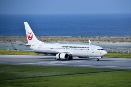 こじゆきさんが、久米島空港で撮影した日本トランスオーシャン航空 737-8Q3の航空フォト(飛行機 写真・画像)