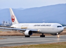 katsuura.Dさんが、徳島空港で撮影した日本航空 767-346/ERの航空フォト(飛行機 写真・画像)