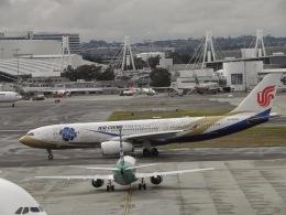 G-BNLYさんが、シドニー国際空港で撮影した中国国際航空 A330-243の航空フォト(飛行機 写真・画像)