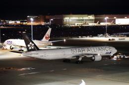 MOHICANさんが、羽田空港で撮影した全日空 777-381/ERの航空フォト(飛行機 写真・画像)