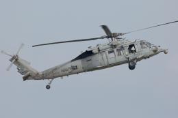 (新)ふぁんとむ改さんが、普天間飛行場で撮影したアメリカ海軍 MH-60S Knighthawk (S-70A)の航空フォト(飛行機 写真・画像)
