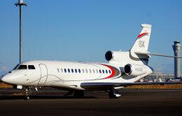 KAZKAZさんが、羽田空港で撮影したアメリカ企業所有 Falcon 8Xの航空フォト(飛行機 写真・画像)