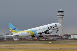 h_wajyaさんが、新千歳空港で撮影したAIR DO 767-33A/ERの航空フォト(飛行機 写真・画像)
