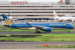 三軒 那乃さんが、羽田空港で撮影したベトナム航空 A350-941の航空フォト(飛行機 写真・画像)