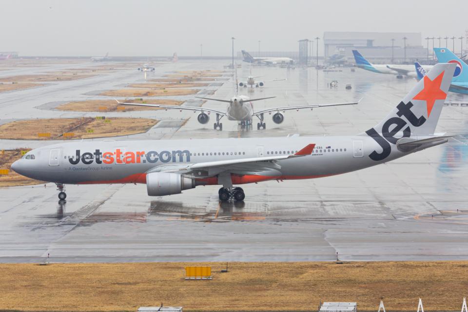 (新)ふぁんとむ改さんのジェットスター Airbus A330-200 (VH-EBA) 航空フォト