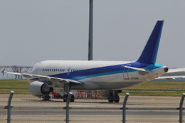 787 yrさんが、羽田空港で撮影した全日空 A320-214の航空フォト(飛行機 写真・画像)