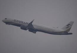 takikoki50000さんが、関西国際空港で撮影したスターラックス・エアラインズ A321-252NXの航空フォト(飛行機 写真・画像)