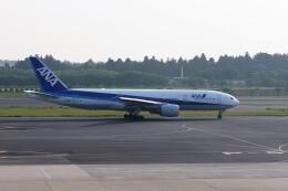 もぐ3さんが、成田国際空港で撮影した全日空 777-281の航空フォト(飛行機 写真・画像)