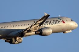 キャスバルさんが、フェニックス・スカイハーバー国際空港で撮影したアメリカン航空 A321-211の航空フォト(飛行機 写真・画像)