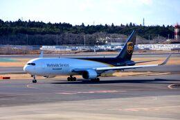 まいけるさんが、成田国際空港で撮影したUPS航空 767-34AF/ERの航空フォト(飛行機 写真・画像)
