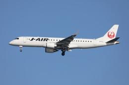 sky-spotterさんが、羽田空港で撮影したジェイエア ERJ-190-100(ERJ-190STD)の航空フォト(飛行機 写真・画像)