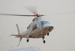 ヘリオスさんが、東京ヘリポートで撮影した日本法人所有 AW109SPの航空フォト(飛行機 写真・画像)