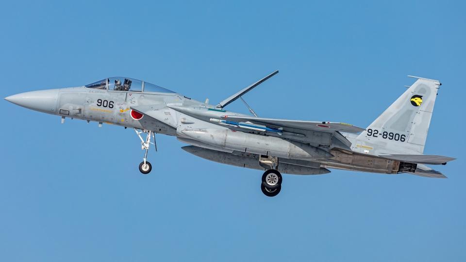 T spotterさんの航空自衛隊 Mitsubishi F-15J Eagle (92-8906) 航空フォト
