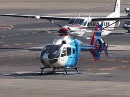 FT51ANさんが、名古屋飛行場で撮影した中日新聞社 EC135P2の航空フォト(飛行機 写真・画像)