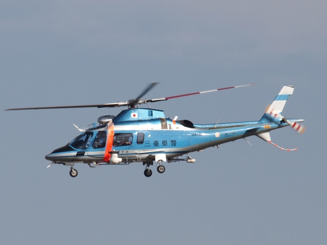 FT51ANさんが、名古屋飛行場で撮影した三重県警察 A109E Powerの航空フォト(飛行機 写真・画像)