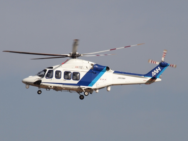 FT51ANさんが、名古屋飛行場で撮影したオールニッポンヘリコプター AW139の航空フォト(飛行機 写真・画像)