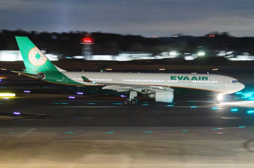 じゃがさんのエバー航空 Airbus A330-300 (B-16331) 航空フォト