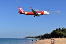 こじゆきさんが、プーケット国際空港で撮影したタイ・エアアジア A320-216の航空フォト(飛行機 写真・画像)