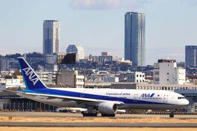 khideさんが、伊丹空港で撮影した全日空 777-281の航空フォト(飛行機 写真・画像)