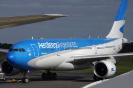 狛犬さんが、ミニストロ・ピスタリーニ国際空港で撮影したアルゼンチン航空 A330-223の航空フォト(飛行機 写真・画像)