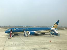 狛犬さんが、ノイバイ国際空港で撮影したベトナム航空 787-9の航空フォト(飛行機 写真・画像)