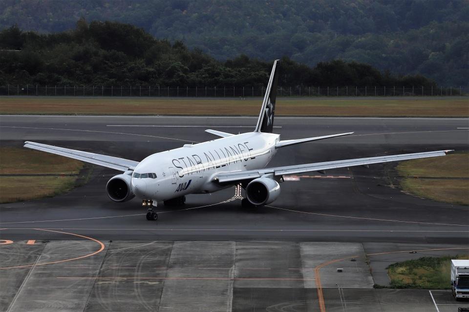 kan787allさんの全日空 Boeing 777-200 (JA711A) 航空フォト