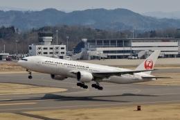 h_wajyaさんが、福島空港で撮影した日本航空 777-246/ERの航空フォト(飛行機 写真・画像)