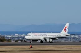 h_wajyaさんが、静岡空港で撮影した中国東方航空 A320-232の航空フォト(飛行機 写真・画像)