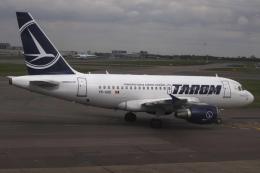 狛犬さんが、ロンドン・ヒースロー空港で撮影したタロム航空 A318-121の航空フォト(飛行機 写真・画像)