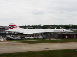 狛犬さんが、ロンドン・ヒースロー空港で撮影したブリティッシュ・エアウェイズ Concorde 102の航空フォト(飛行機 写真・画像)
