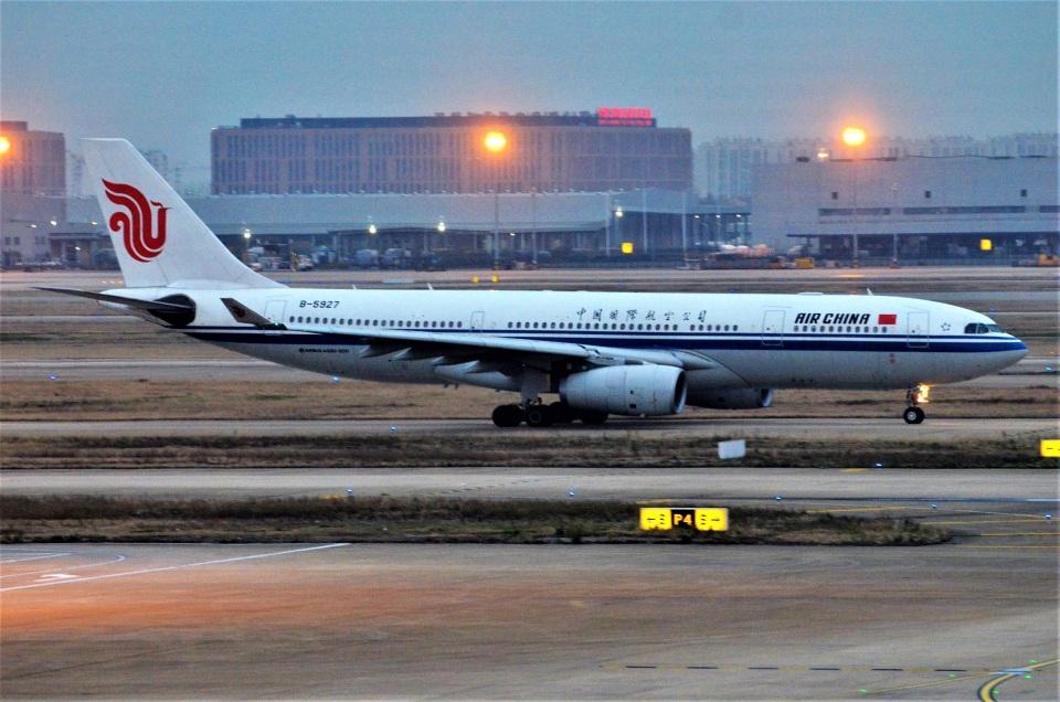 amagoさんの中国国際航空 Airbus A330-200 (B-5927) 航空フォト