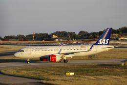 狛犬さんが、マルタ国際空港で撮影したスカンジナビア航空 A320-251Nの航空フォト(飛行機 写真・画像)