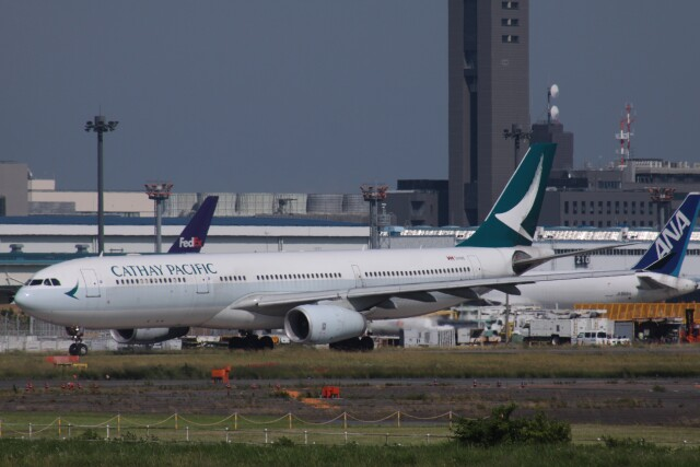 Mr.boneさんが、成田国際空港で撮影したキャセイパシフィック航空 A330-343Xの航空フォト(飛行機 写真・画像)