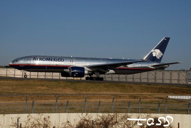 tassさんが、成田国際空港で撮影したアエロメヒコ航空 777-2Q8/ERの航空フォト(飛行機 写真・画像)