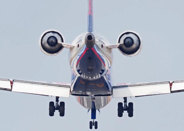 がいなやつさんが、福岡空港で撮影したアイベックスエアラインズ CL-600-2C10 Regional Jet CRJ-702ERの航空フォト(飛行機 写真・画像)