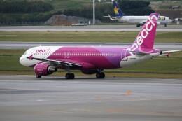 もぐ3さんが、那覇空港で撮影したピーチ A320-214の航空フォト(飛行機 写真・画像)